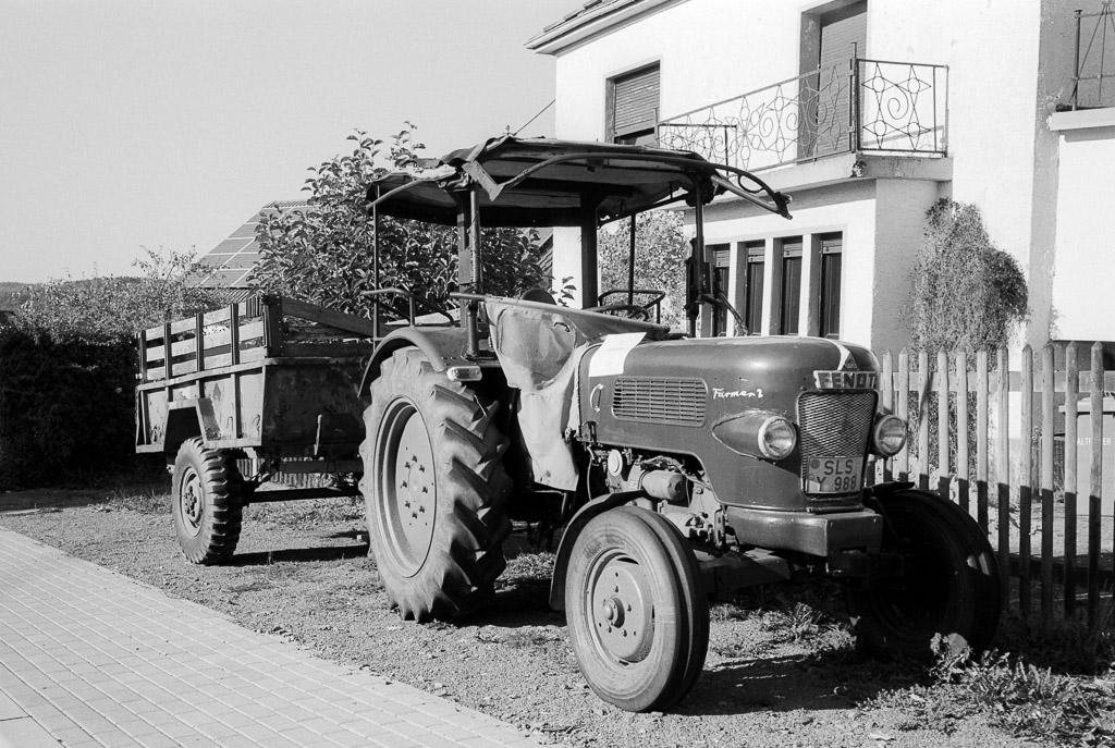 Fendt Farmer 2 auf Ilford PanF+