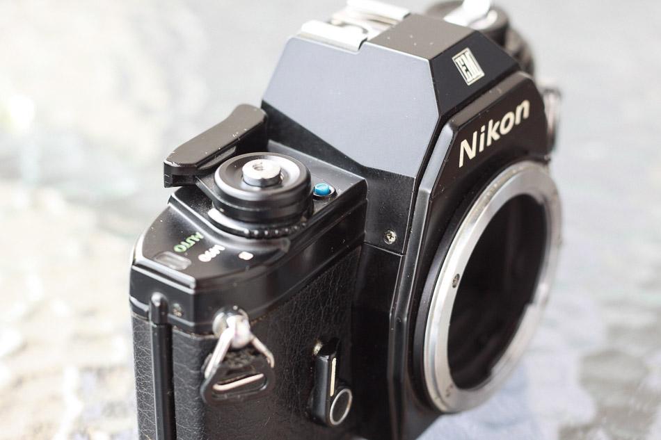 Auslöser Nikon EM